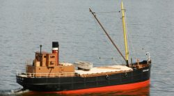 rc-steam-cargo-ship-ready-to-run-jpg