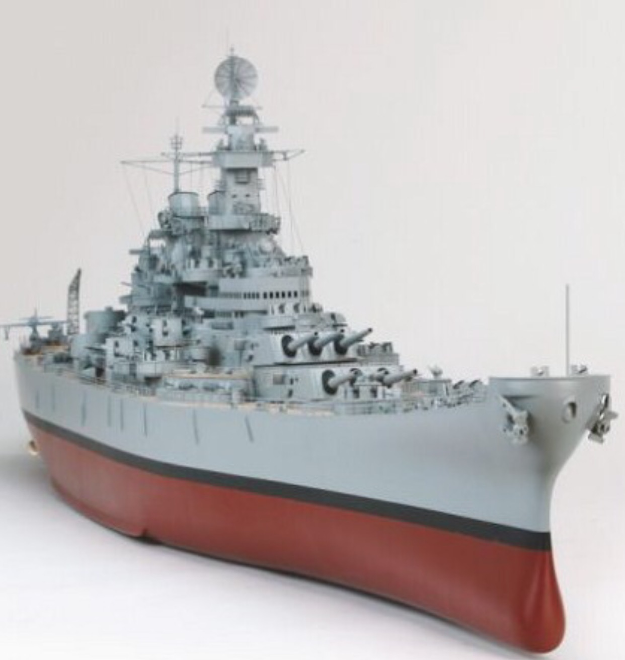 GIANT 71 INCHES IN LENGTH – RC USS MISSOURI BATTLESHIP