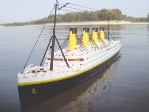 rc-titanic-1325-scale-ship-thumbjpg