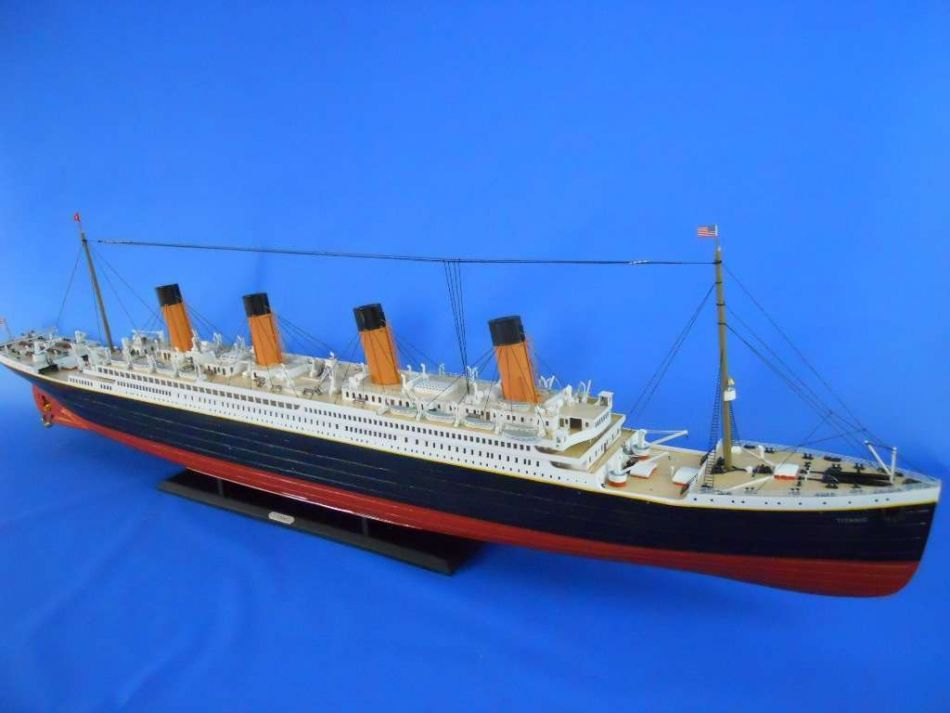 GIANT 72 INCH TITANIC FULL LIGHTED SHIP!!  The Scale Modeler - Trains, Boats, Planes, Ships