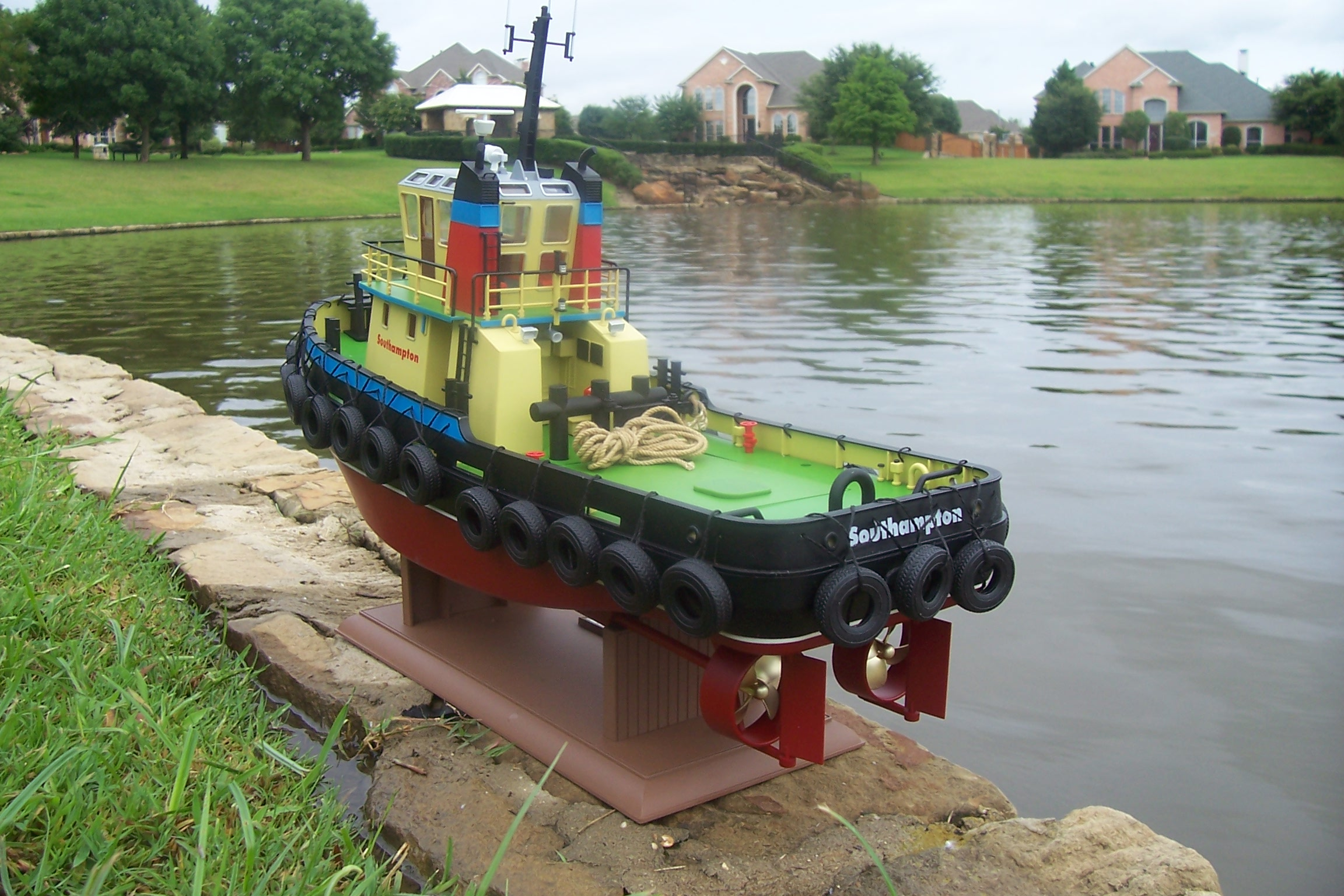 Rc Wyeforce South ton Tug Boat Ready To Run on s wye dual